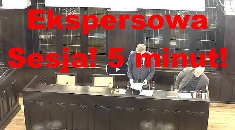 5 minutowa sesja Rady Miasta.